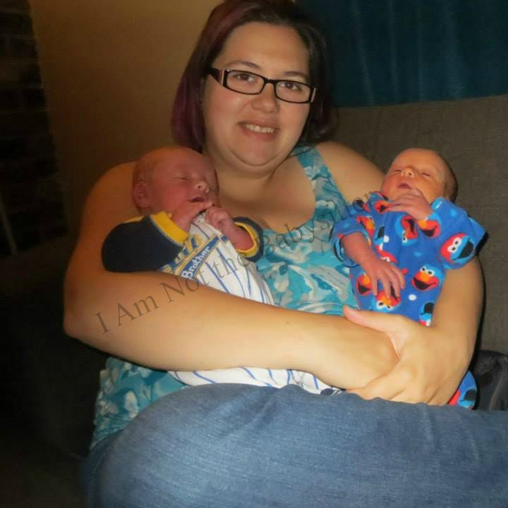 Lucas an Tyler with mommy